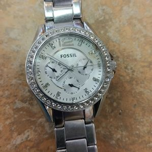 Girls fossil watch